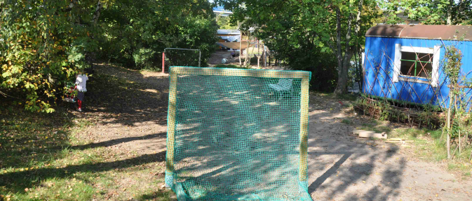 Fussballtor im Außengelände