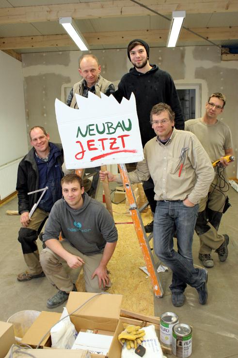 Zum Vollholz-Kernteam in Bonn gehörten neben Volker Albrecht (rechts vorne) und  Thomas Bunn auch Nico Müller und Josef Kurczak sowie in der Schlussphase des Baus Jens Dietz und Marcus Scheske.